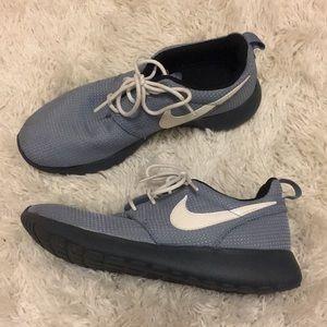 Grey two tone Nike Roshe sneakers
